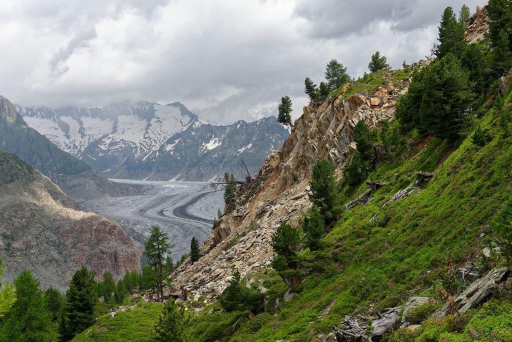 Glissement de terrain au-dessus du glacier