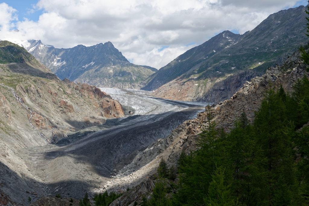 Langue glaciaire d'Aletsch et terrain instable