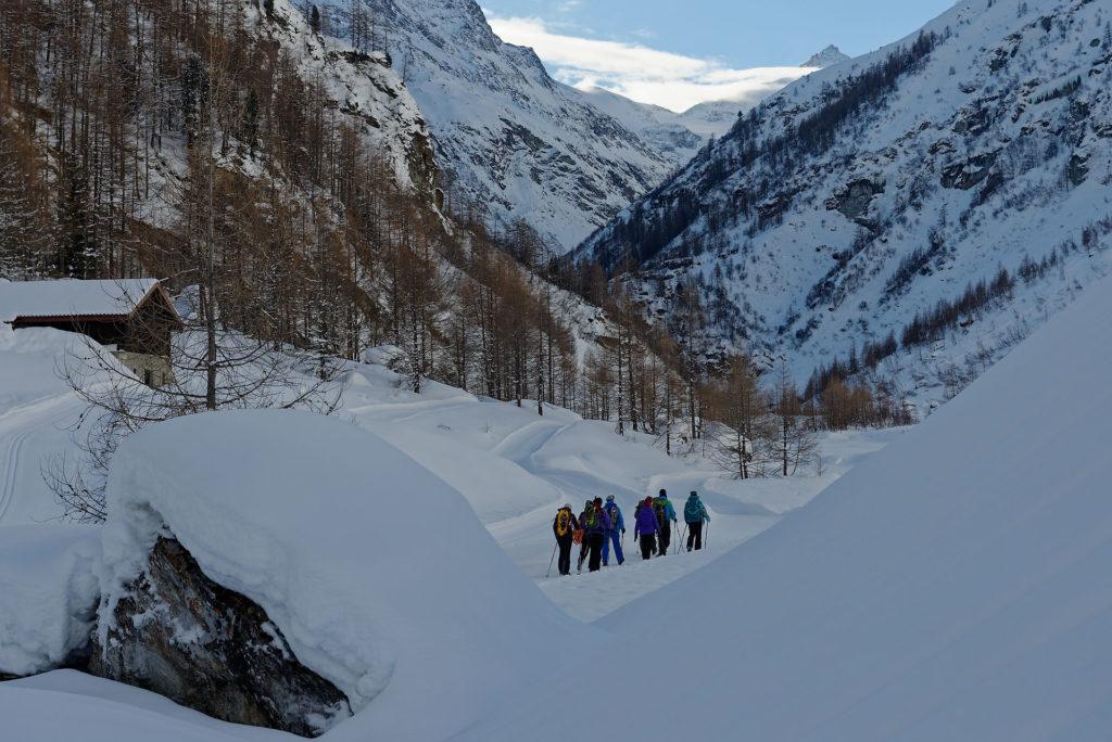 Randonnée en raquettes au glacier de Zinal