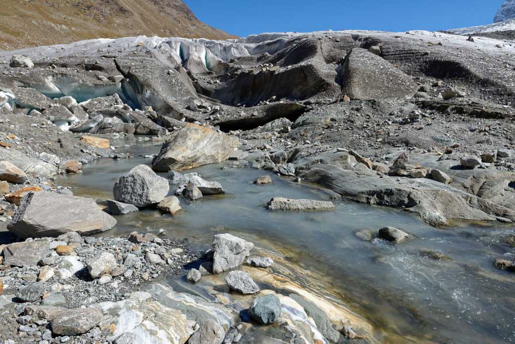 Eau de fonte du glacier du Gorner