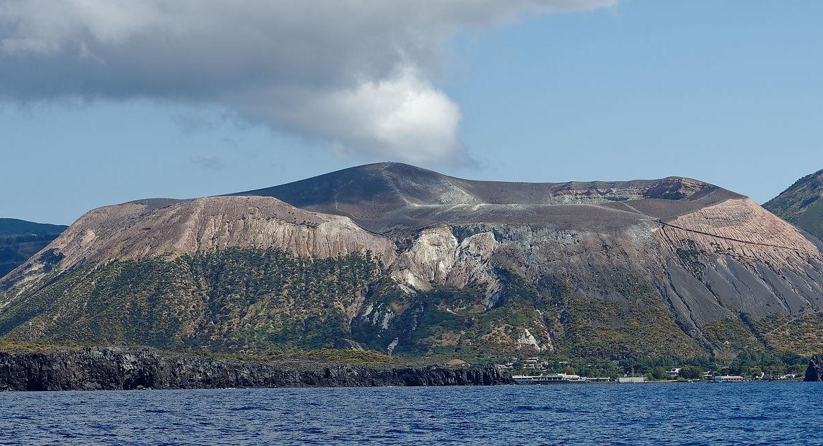 Voyages sur les volcans de Sicile avec Vulcano