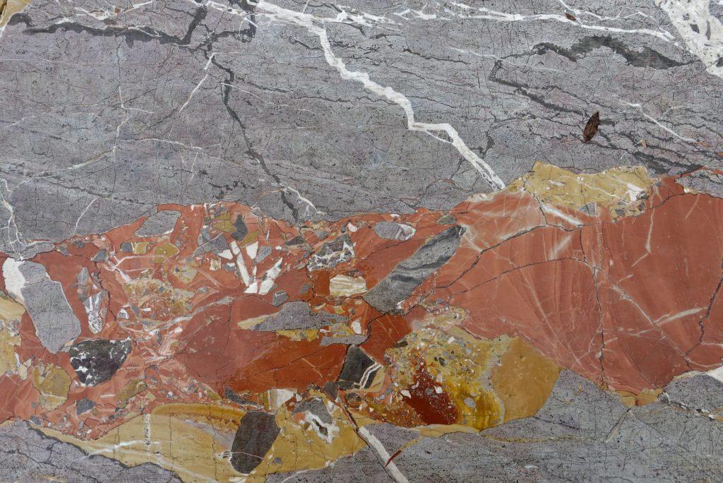 Veines dans le marbre d'Arzo