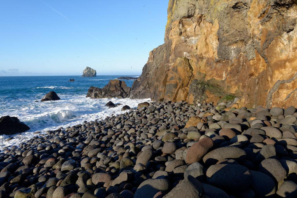 Plage de galets de basalte Islande