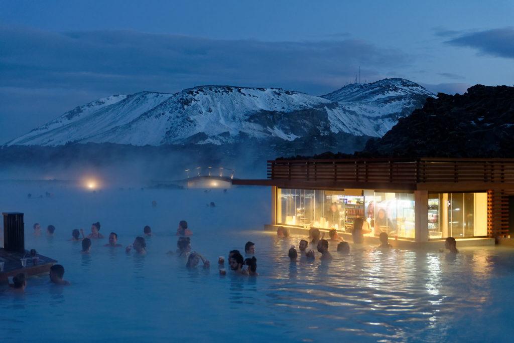 Bains d'eau chaude Islande