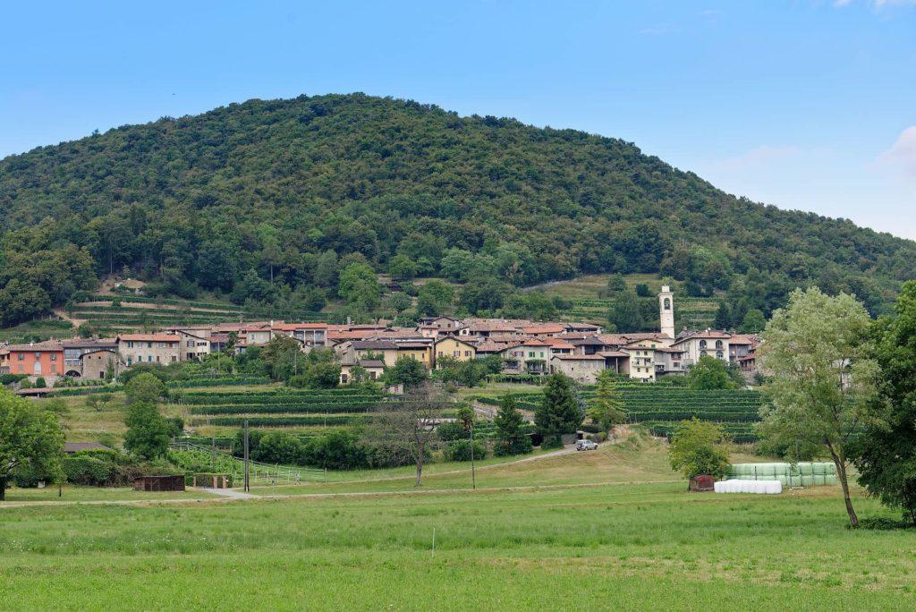 Village de Meride au pied du Monte San Giorgio