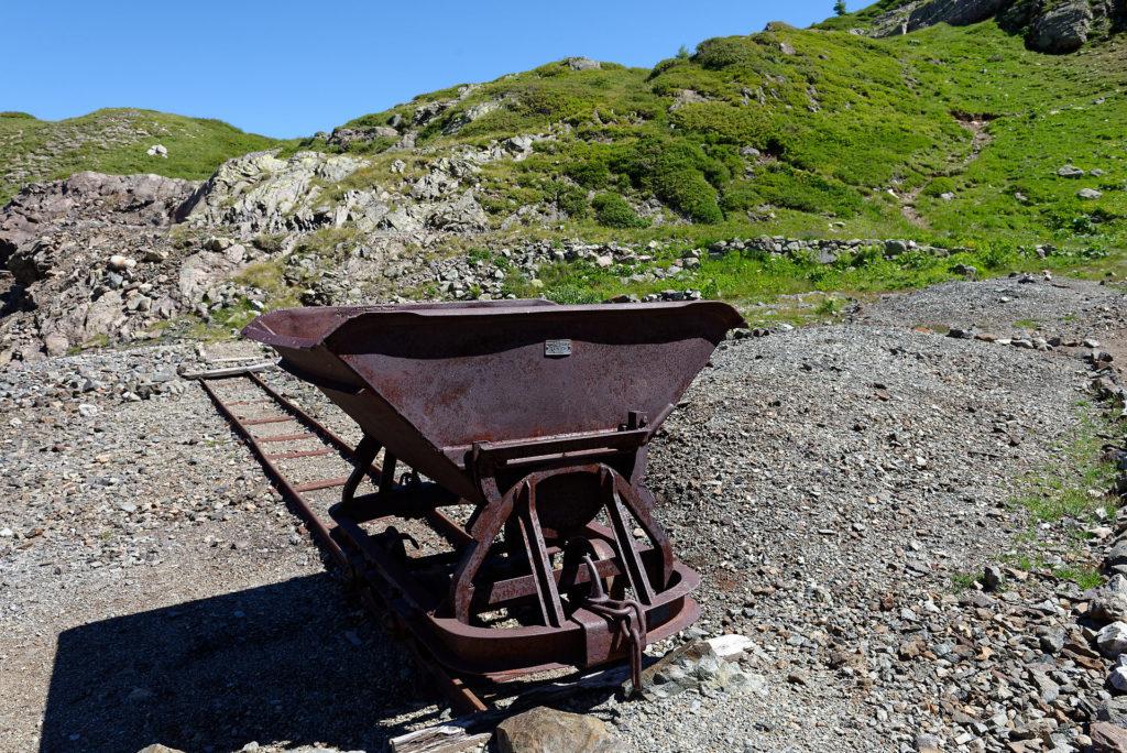 Wagonnet à la mine d'or et d'arsenic de Salanfe