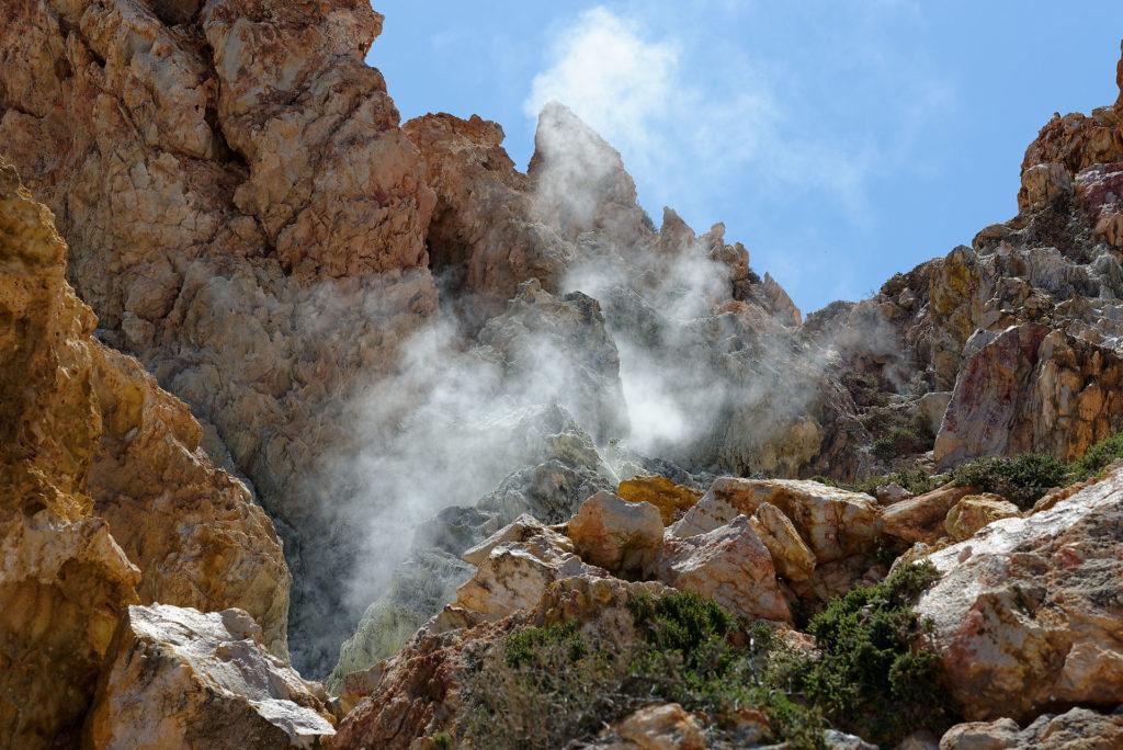 Fumerolles sur un dôme de lave