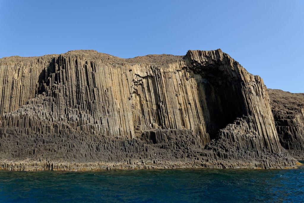 Orgues basaltiques à Milos